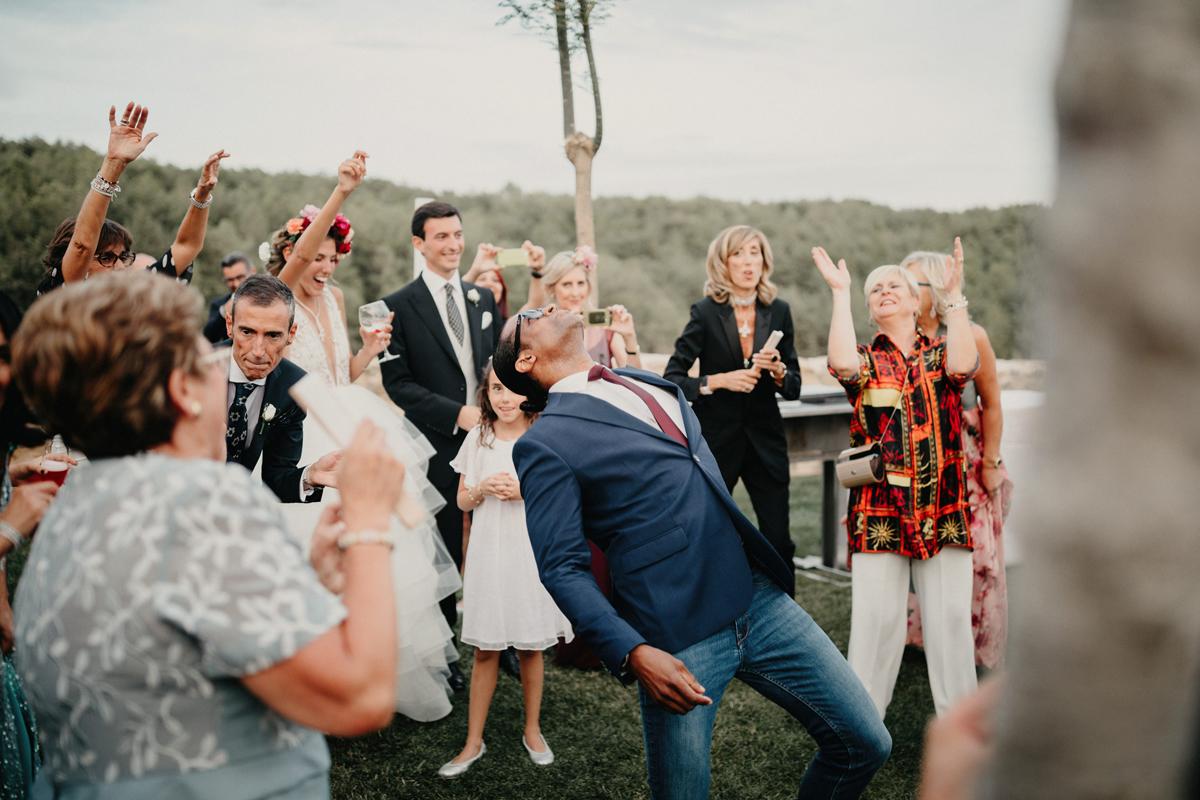 La-mejor-musica-para-hacer-de-tu-boda-una-fiesta-08