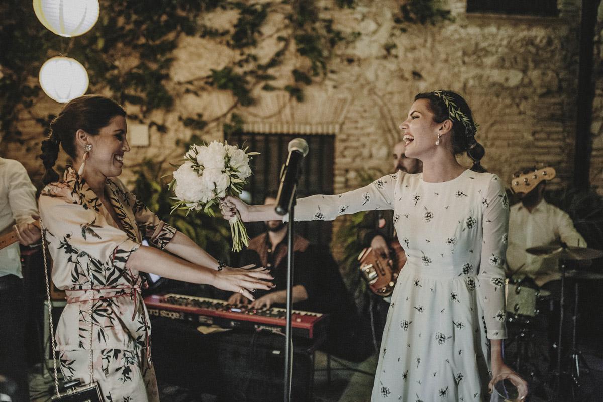 La-mejor-musica-para-hacer-de-tu-boda-una-fiesta-16