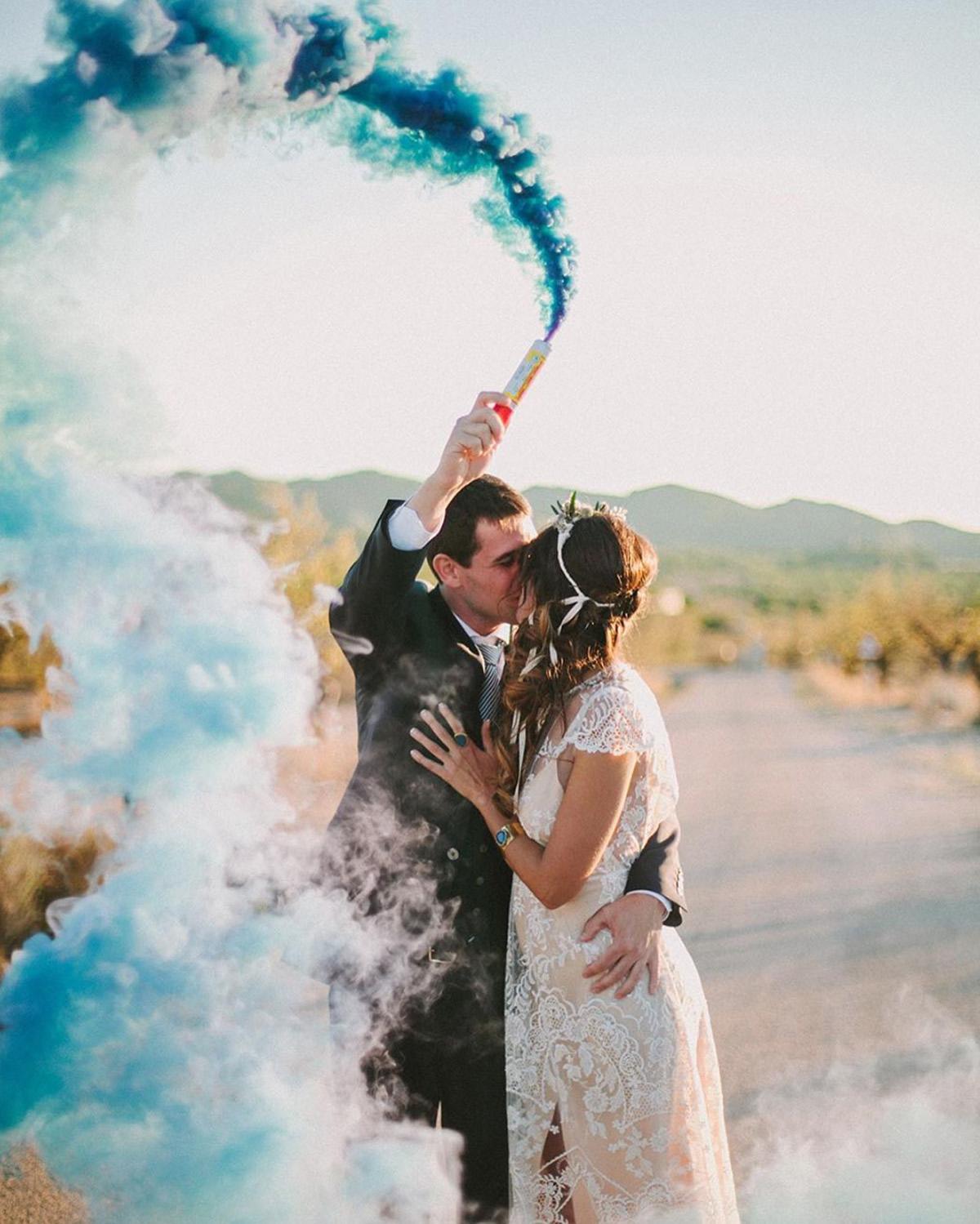 Cuando-utilizar-humo-de-colores-en-bodas-00