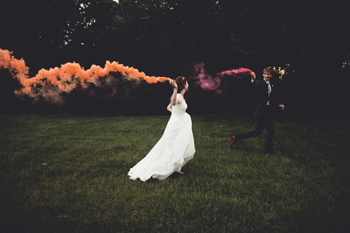 Cuando-utilizar-humo-de-colores-en-bodas-07