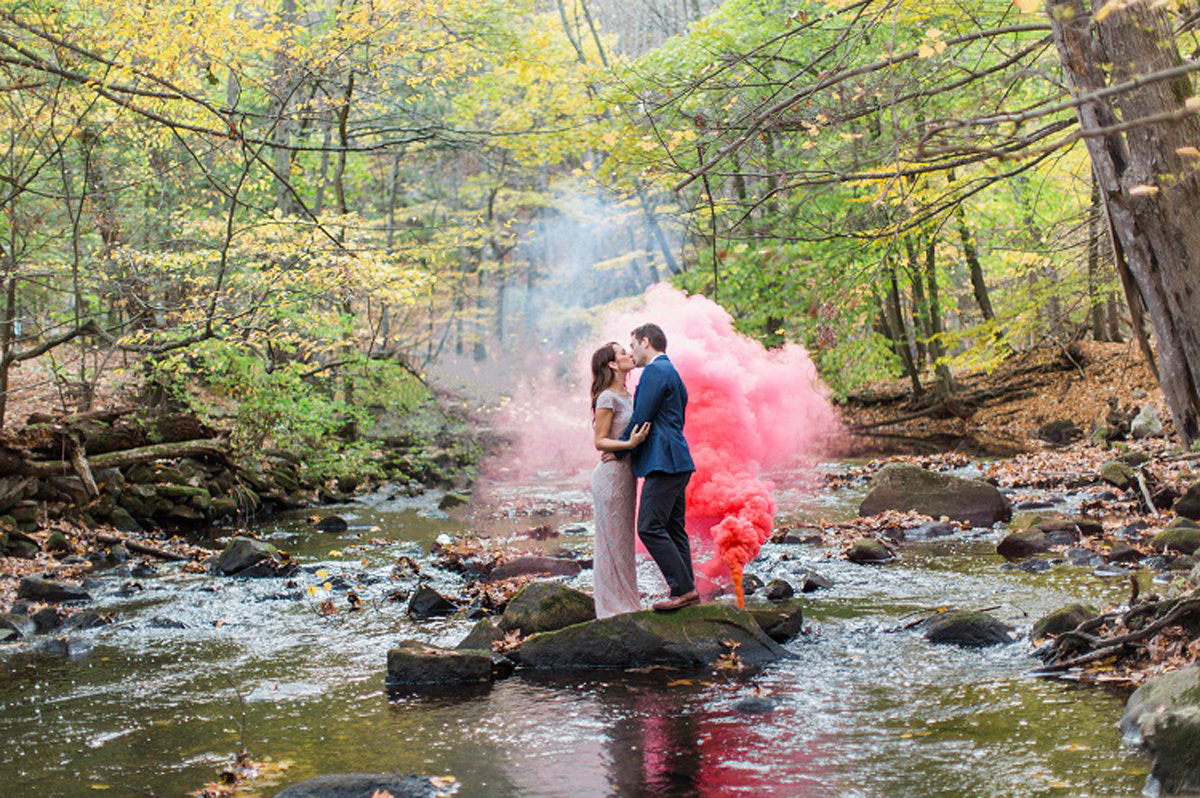 Cuando-utilizar-humo-de-colores-en-bodas-12
