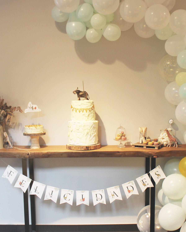 Idea mesa para fiesta cumpleaños selva